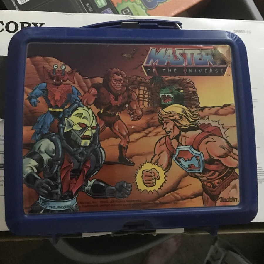 Photo He-man lunch box with thermos