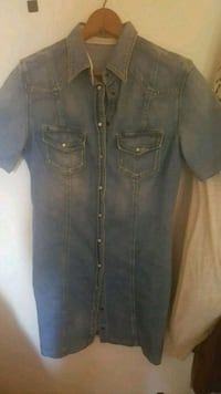 Guess blue jean button down dress size small Fort Myers, 33908