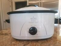 white and blue Rival Crock-Pot slow cooker Langley, V2Z 2A8