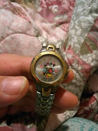 Mickey and Minnie Mouse watch Atwater, 95301