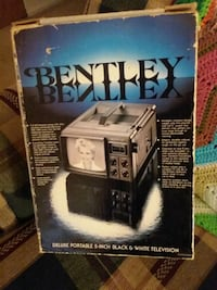 (Vintage) Bentley Deluxe Portable T.V w/ Box????  Arnold, 63010