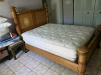 Bamboo bed queen size Pembroke Pines, 33025