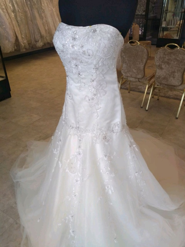 Wedding dresses in Maywood
