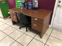 Desk with chair for sale $30 obo Merced, 95340