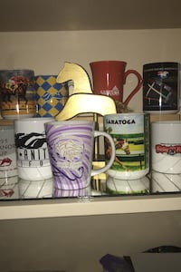 Coffee mugs-horse racing