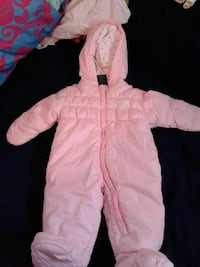 3 month girls snow suite she never wore it Marcellus, 13108