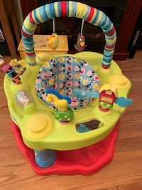 Baby toddler fun chair play station nice Cambridge, N1R 2H9