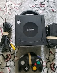 Gamecube system with all wires and 1 controller  Vaughan, L4L