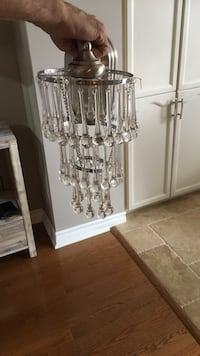 Clear glass chandelier Toronto, M1C 5A2