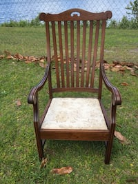 Vintage Beautiful Accent Chair Jacksonville, 32220