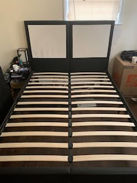 Queen size bed frame  Falls Church, 22043