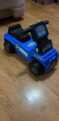 Small Paw patrol car (for 2-4 years of age)