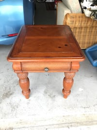 Tommy bahama table