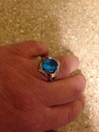 Turquoise color Silver plated Ring Size 8.  Brand New Arlington, 22203