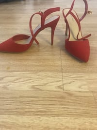 Size 7 red heels Liverpool, L6