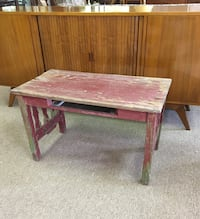 Old wooden farm table, a lot of patina, sturdy Englishtown, 07726