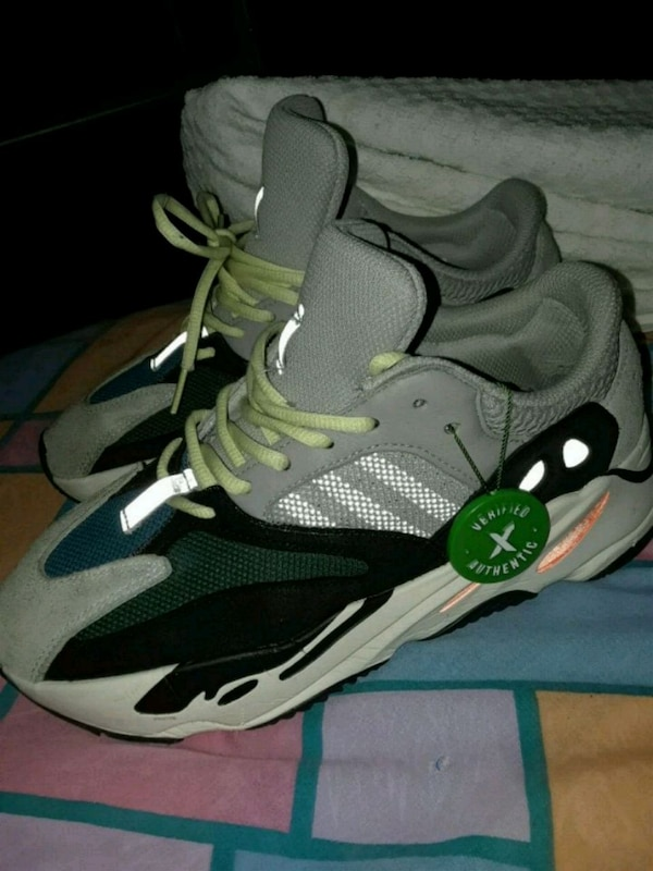 7b3d48d43 Used Yeezy Boost 700 Size 8 for sale in Staten Island - letgo