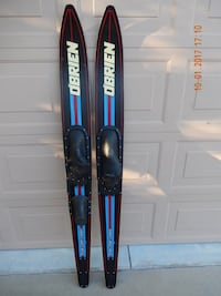 Obrien combo water skis Glendale