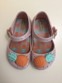 Mini Melissa  Pineapple girl's shoes size 7