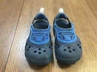 Blue toddler crocs size 6/7 Silver Spring, 20904