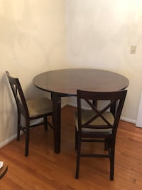 Table and chair set Fairfax