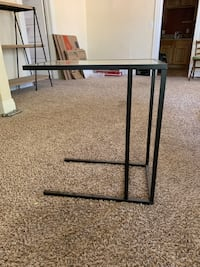 Side table/under sofa table Nampa, 83651