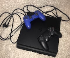 Sony PS4 for sale (used)