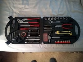 Carrying case full of tools