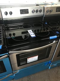 New Frigidaire 30in stainless steel electric stove 6 months warranty