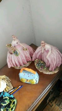 two white and pink ceramic rooster figurines Montréal, H3R 2E6