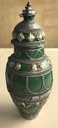 Handcrafted Moroccan Pottery Decorative Green Jar w Lid, Silver Metal Filigree Union City, 07087