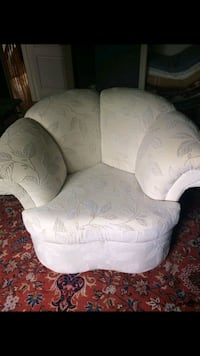 white and gray floral sofa chair Vaughan, L4H 1C3
