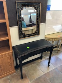 Console Table and Mirror $150 Holly Hill, 32117