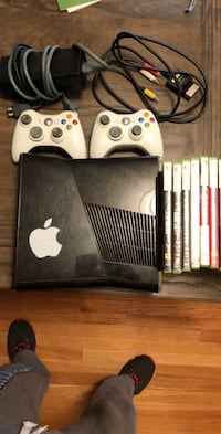 **Deal XBOX 360 10 Games 2 Controllers