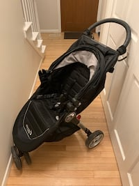 Baby Jogger City Mini stroller w/ car seat adapter, cup holder & hooks