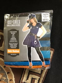 Girls cop costume  Rohnert Park, 94928
