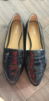 Pair of black Michael KORS flats Brampton, L6P 1V3