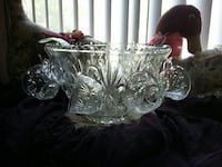 Beautiful Crystal Punch Bowl Set. Bakersfield, 93307