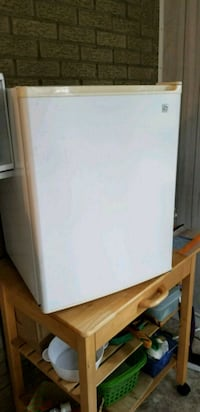 GE mini fridge Canonsburg