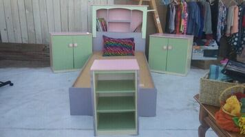 Girls twin bed set