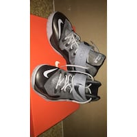 Nike Zoom Soldier vii boys size 7