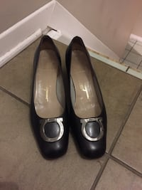 Ferragamo shoes leather black classic shoes Gatineau, J8T 5N7