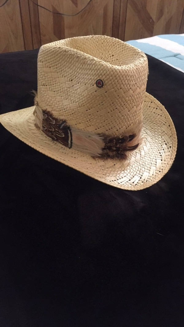 9d595653fd702 Resistor stagecoach self conforming straw cowboy hat with feathers. Size 7  excellent condition. Used