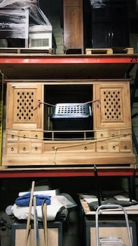 Hand crafted tv stand  Milton, L9T