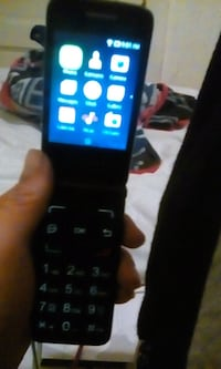 Alcatel flip phone  Winnipeg, R3G 1N6
