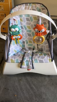 Baby's white and green bouncer Norfolk, 23503