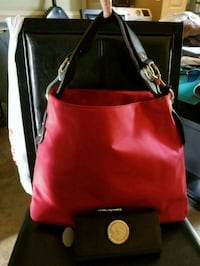 red and black leather crossbody bag Cedartown, 30125