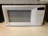 White GE electric microwave New Britain, 06052