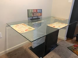 Used dining room table