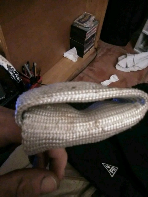 799be81911b61 Used unpaired white and gray Adidas Yeezy Boost 350 for sale in Stockton -  letgo